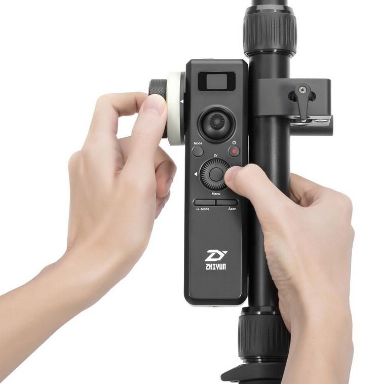 Télécommande du système complet Follow Focus monté sur Zhiyun Crane 2