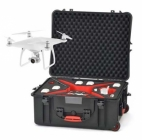 Valise à roulettes PLABER avec drone DJI Phantom 4 en vol