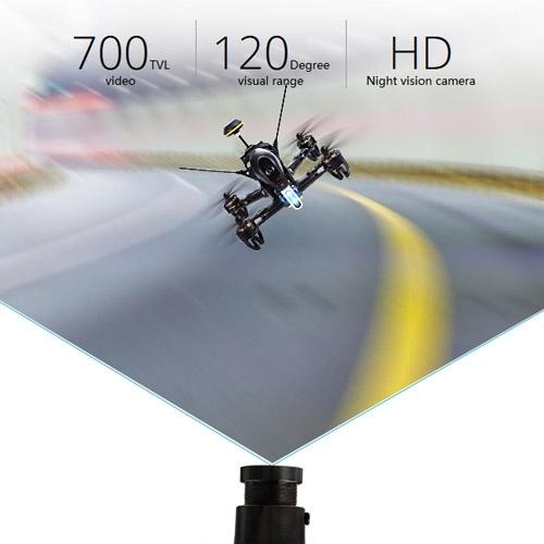 f210 sur circuit vue de face