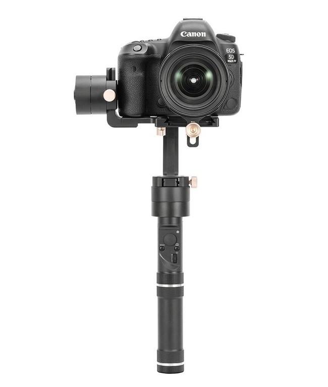Zhiyun Crane Plus avec appareil photo DSLR - vue de face